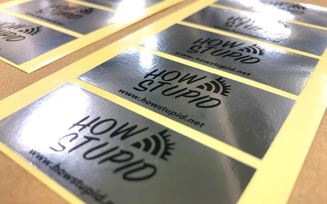 社名・ロゴシール印刷 会社の備品等に貼るロゴシール